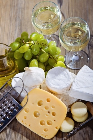 teeth tips eat cheese drink white wine
